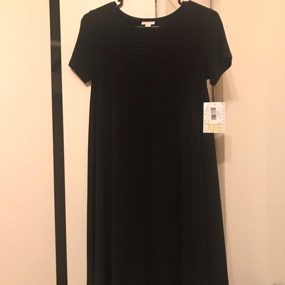LuLaRoe Dresses & Skirts - LuLaRoe Carly solid black dress